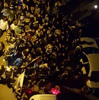 النشرة: انطلاق تظاهرة شبابية في عين الحلوة رفضا لقرار وزارة العمل
