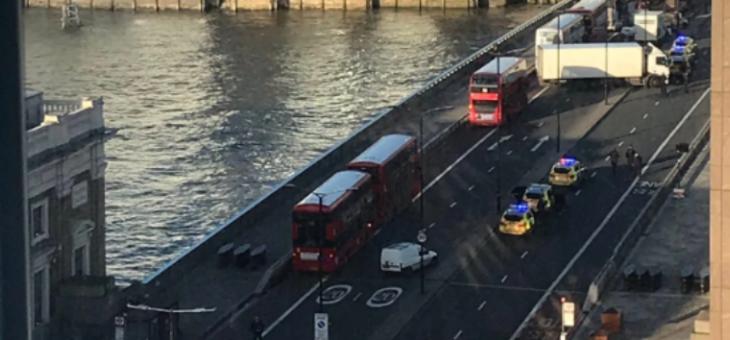 الشرطة البريطانية: سقوط عدد من الجرحى في عملية طعن قرب جسر لندن
