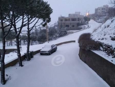 """لبنان في قلب عاصفة ثلجيّة """"نادرة"""" ستؤدي الى تدنٍّ أكبر وغير مسبوق لدرجات الحرارة"""