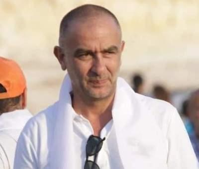النشرة: تعرّض منصور فاضل للضرب من قبل مجهولين أثناء تواجده في أحد مطاعم جل الديب