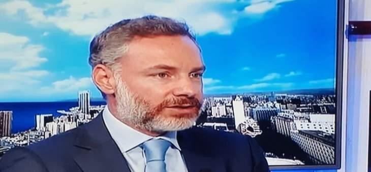 وليد أبو سليمان: مصرف لبنان يحاول عدم استنزاف الدولار الذي يملكه وكلما طالت الأزمة ساءت الأحوال