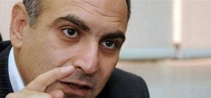 أسود: نشتاق لغيرة سعد الحريري ونبيه بري على المال العام