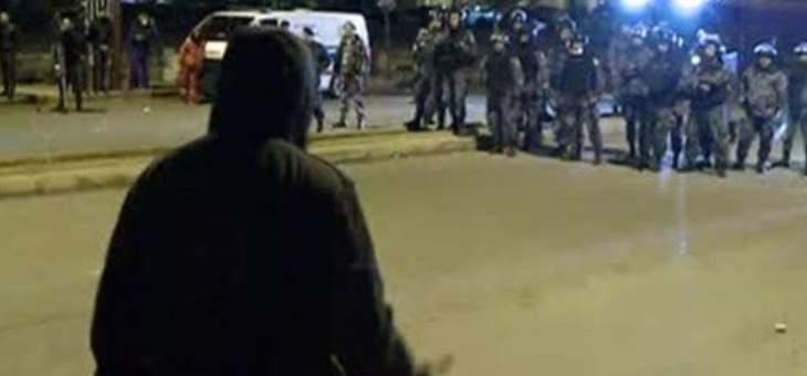 تجدد المواجهات بين المحتجين والقوى الأمنية في الصيفي