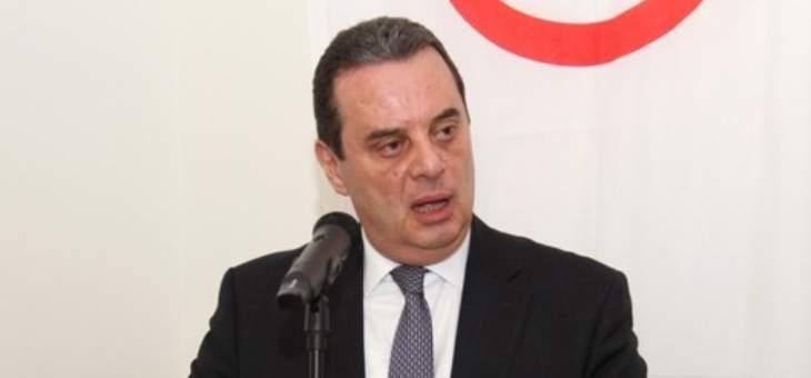 واكيم: الرئيس انضم إلى فرقة التطبيل من جماعته التي تُمنّن اللبنانيين بالبترول