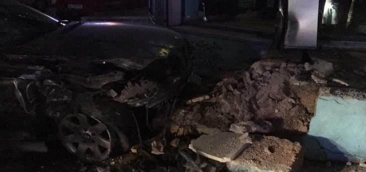 الدفاع المدني: جريحان في حادث سير فجرا على طريق الحوش - صور