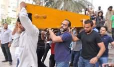 خاص بالصور- تشييع جثمان والد شيرين عبد الوهاب بغيابها.. ووالدتها تنهار