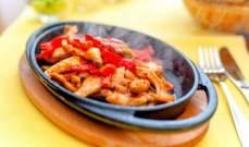 طريقة تحضير فاهيتا الدجاج بالكاري أو بالبابريكا