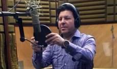 هاني شاكر ينتهي من تسجيل أغنية تتر برنامج سعد الدين الهلالي