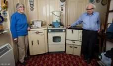 زوجان استعملا الأجهزة الكهربائية نفسها لـ 60 عاماً!