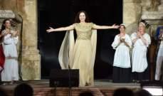 عرض أوبرا لا ترافياتا على مسرح المدرج الروماني بـ عمّان ..بالصور