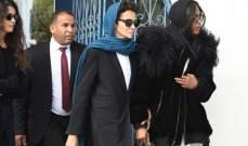 نعومي كامبل تنهار بالبكاء في جنازة عز الدين عليا -بالصور