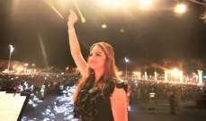باسكال مشعلاني تشعل خشبة مسرح مهرجان الشواطئ في المضيق
