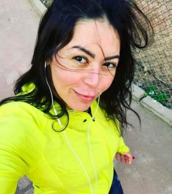 9163e383c لقاء الخميسي للفن: أنا زوجة غيورة..وموت محمود عبد العزيز منعني من ...