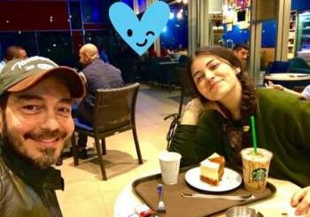 ابنة أحمد زاهر ليست الا ابنة تامر حسني ومي عز الدين في عمر