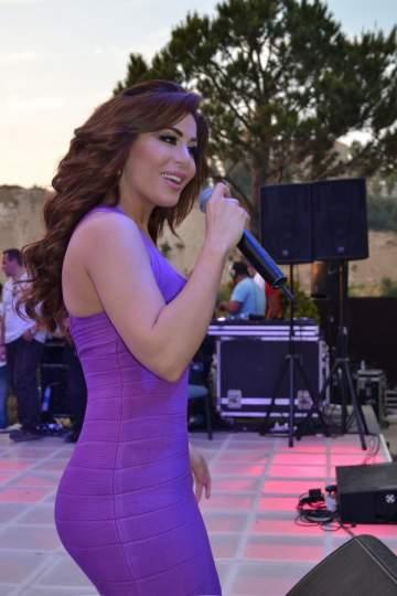 فيفيان مراد تحيي حفلاً في طرابلس.. وآخر في جامعة سيدة اللويزة  بالصور
