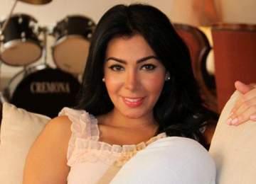 بالفيديو- ميرهان حسين تقلّد هيفا وإليسا وترد على تشبيهها بكيم كارداشيان