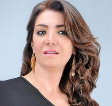 لقاء سويدان تعلق على قضية طليقها حسين فهمي مع زوجته السعودية