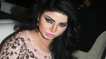 مروى تعود للأضواء من جديد..بإطلالتها الجريئة ورقصها البلدي