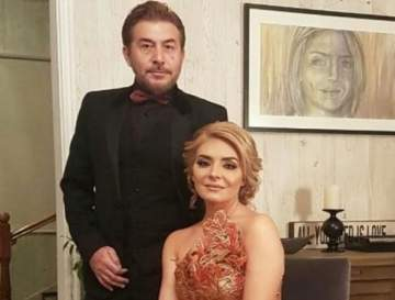 بالصورة- ليونا عابد فهد مع والديها
