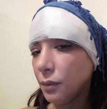 لبنى أبيضار تتعرّض للإعتداء بسبب فيلمها الممنوع من العرض..بالفيديو