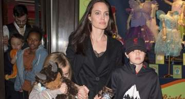 أنجلينا جولي وأولادها في جولة تسوق في لندن..بالصور