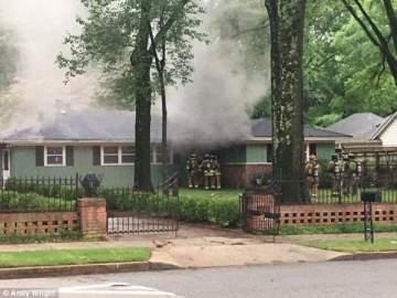 النيران تلتهم منزل ألفيس بريسلي
