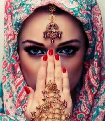 الحجاب.. لم يقتصر إرتداؤه على المسلمات وهذه أصوله التاريخية