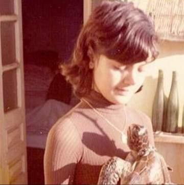هذه الشابة أصبحت اليوم من أشهر الممثلات العربيات