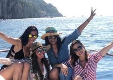 هند رضا تستمتع بوقتها مع صديقاتها في إيطاليا.. بالصورة