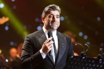 وائل كفوري يغني مع والده بفيديو نادر