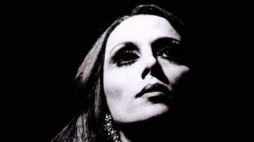بعد غياب طويل.. السيدة فيروز تعود بألبوم جديد