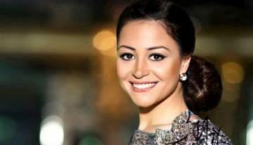 صورة صادمة لـ منة شلبي تفاجئ جمهورها