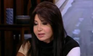 فنانة مصرية تكشف عن تشوه وجهها بسبب عمليات التجميل