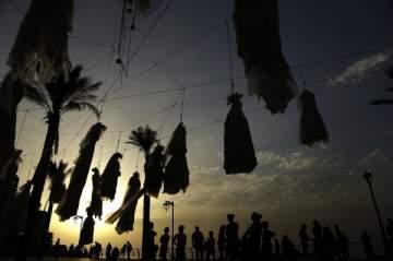 بالصور: نساء مغتصبات ومشنوقات يوم زفافهن في الشوارع