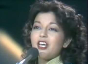 بالفيديو: سميرة سعيد قبل 37 عاماً..ملامحها لم تتغيّر!