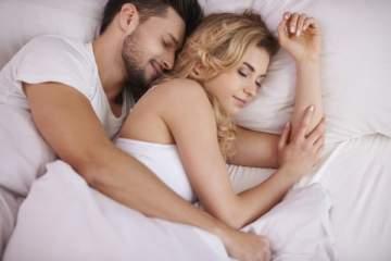 لن تصدقوا أن هذه الوضعيات الجنسية تؤذي قضيب الرجل أثناء الجنس!!