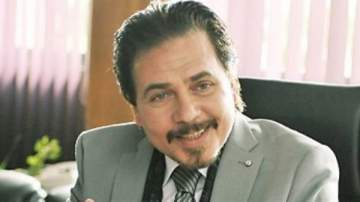 محمد رياض يواصل تصوير مشاهده في