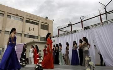 بالفيديو..مسابقة اختيار ملكة جمال عقدت داخل سجن بالمكسيك