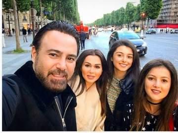 عاصي الحلاني يقضي إجازة مع عائلته في باريس.. بالصورة