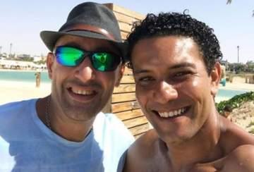 آسر ياسين يهنئ أحمد السقا على نجاح