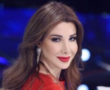 نانسي عجرم وسيلينا غوميز بالفستان نفسه...على من أجمل؟