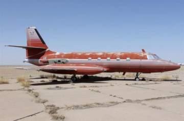 طائرة إلفيس بريسلي للبيع