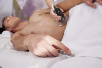 كيفية إزالة الشعر حول العضو الذكري