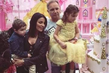 نادين نسيب نجيم ترقص إحتفالاً بعيد ميلاد إبنتها