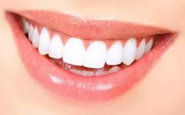 باحثون يعملون على صنع معجون أسنان فريد من نوعه