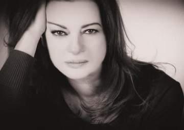 """منى طايع: """"أمير الليل"""" يستحق جوائز وأحضّر عملاً جديداً لرامي عياش"""