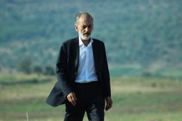 غسان مسعود يشهد على أحداث حقبتين زمنيتين من تاريخ سوريا المعاصر