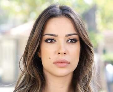 هل فعلاً نادين نسيب نجيم تشدّ شعر صديقتها؟ - بالفيديو