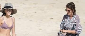 سيندي كروفرد وعائلتها في عطلة على شاطئ سانت بارتس..بالصور