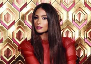 هبة طوجي أوّل فنّانة لبنانية تغنّي في السعودية